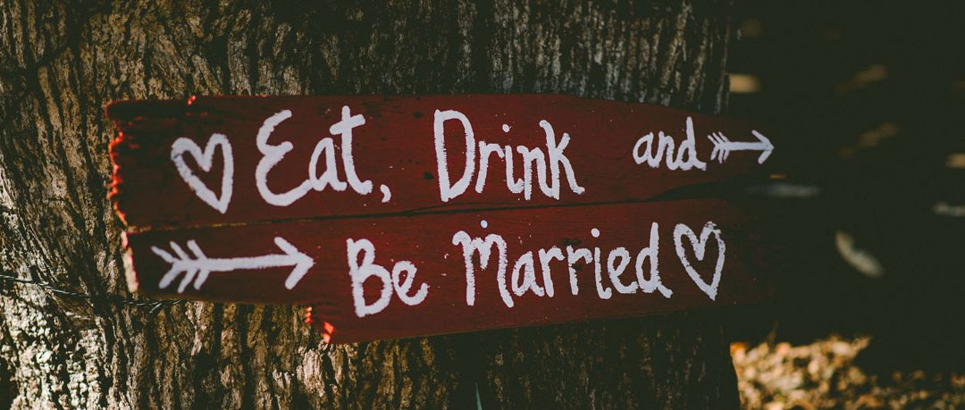 Eat, Drink and Be Married! How Do You Pull Off a Potluck Reception?
