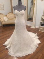 La Sposa Wedding Dress, never worn! Size 10